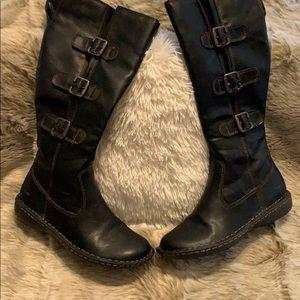 BOC boots 7.5.   Black Vegan Leather.   Like-new.